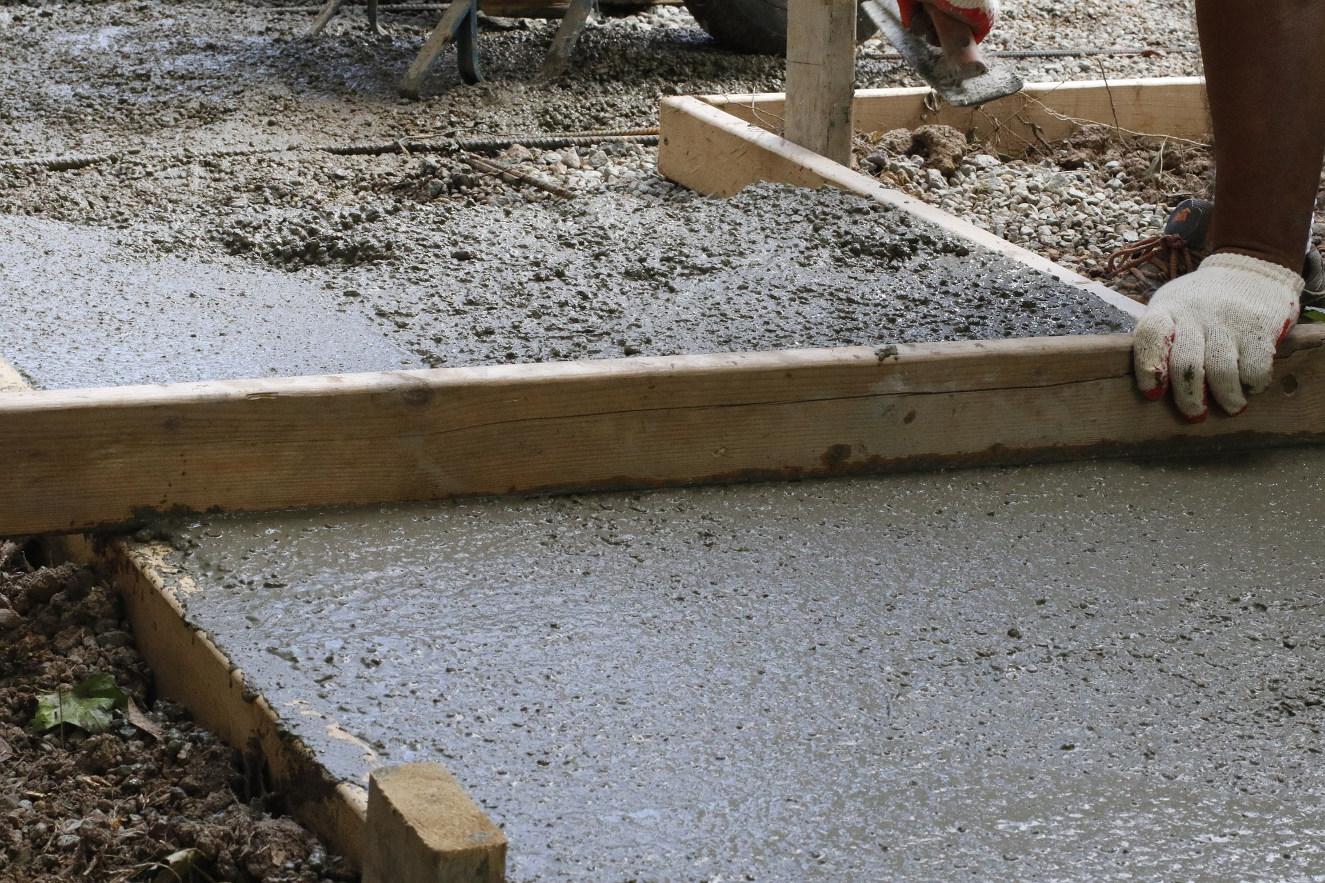 concrete-paving-2786216_1920